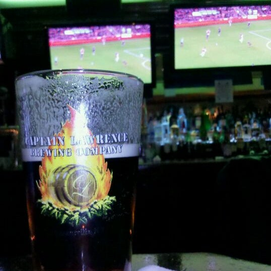 Foto tomada en Playwright Celtic Pub por Penny M. el 3/2/2011