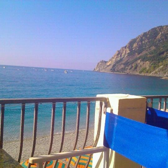 Bagni Eden Beach In Monterosso Al Mare