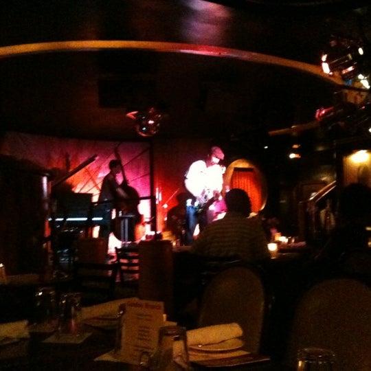 Photo prise au Cliff Bell's par Jason S. le7/18/2012