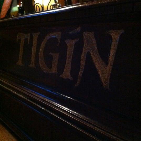Foto tirada no(a) Tigin Irish Pub por Nokky em 6/20/2012