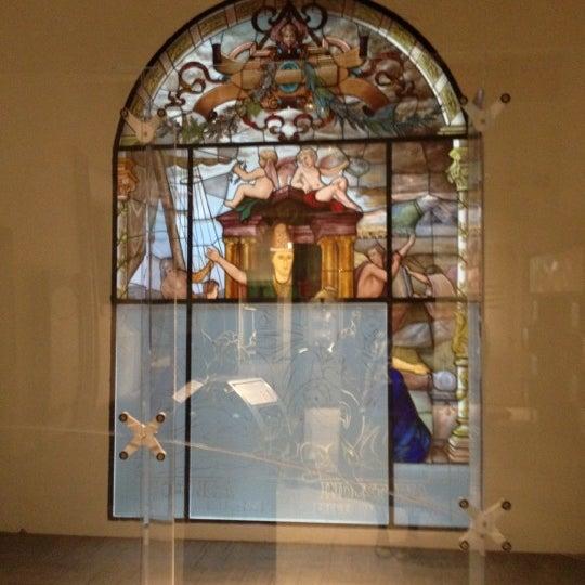 Foto tomada en Museo de la Luz por Ara F. el 3/27/2012