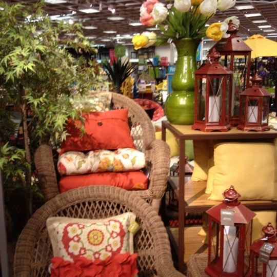 Furniture / Home Store In Los Angeles