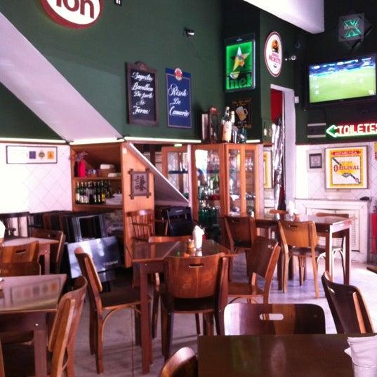 Photo prise au Bar do Ton par Everton S. le2/28/2012