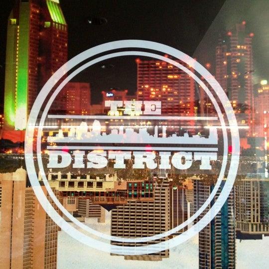 7/1/2012 tarihinde Marie D.ziyaretçi tarafından The District'de çekilen fotoğraf