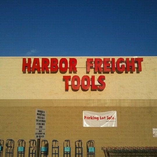 Harbor Freight Tools - Aurora Hills - Aurora, CO