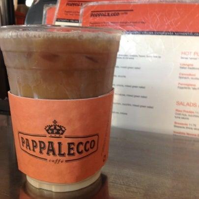 8/13/2012 tarihinde Jennifer J.ziyaretçi tarafından Pappalecco'de çekilen fotoğraf