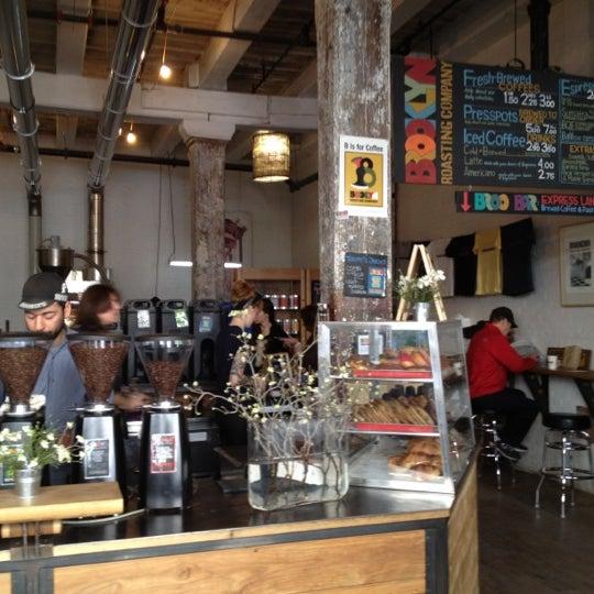 Das Foto wurde bei Brooklyn Roasting Company von Erik M. am 4/6/2012 aufgenommen