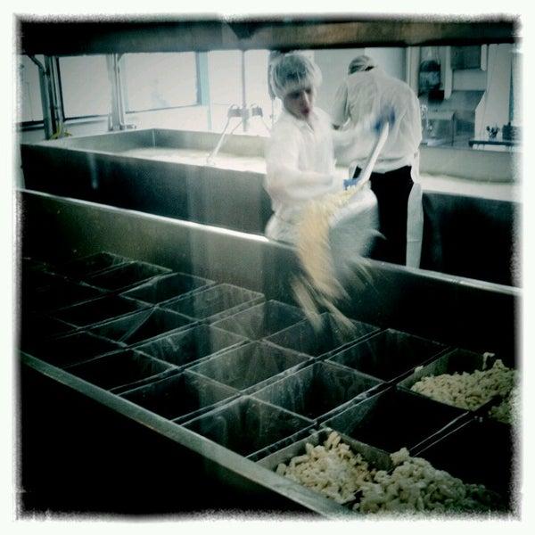 Foto tomada en Beecher's Handmade Cheese por Bryan F. el 6/29/2012