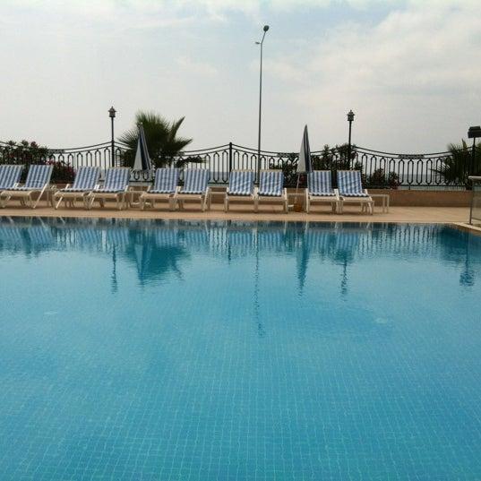 Das Foto wurde bei Harrington Park Resort Hotel von Ezgi u. am 6/14/2012 aufgenommen