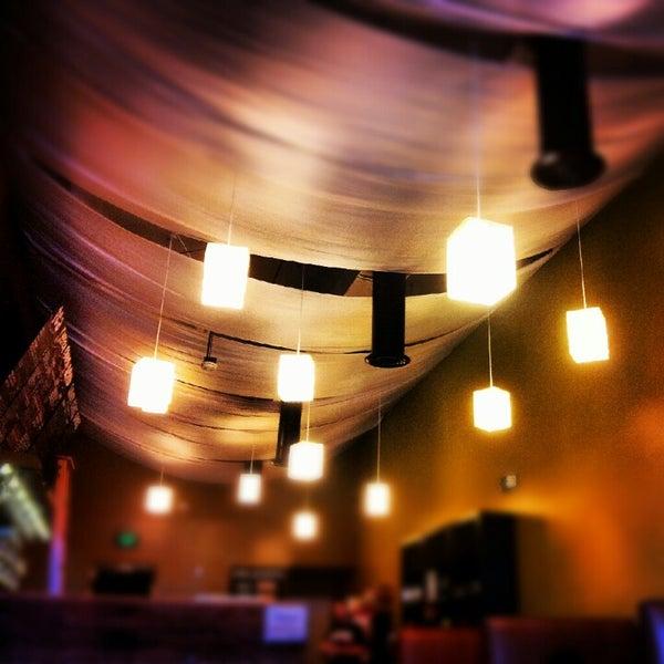 Foto tirada no(a) specialTEA Lounge & Cafe por Gaby H. em 7/8/2012