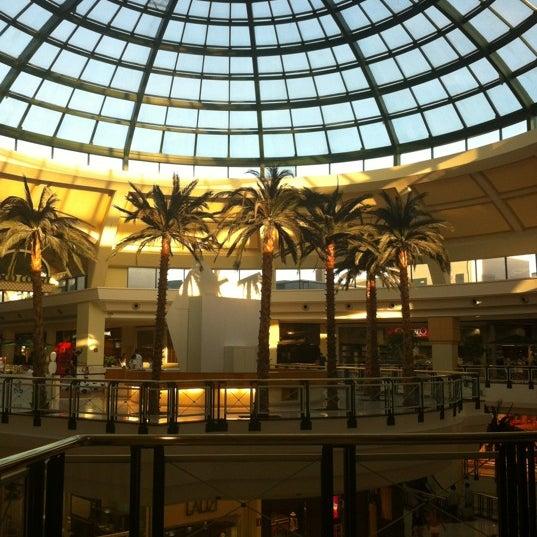 8/6/2012 tarihinde Larissa R.ziyaretçi tarafından Shopping Iguatemi'de çekilen fotoğraf