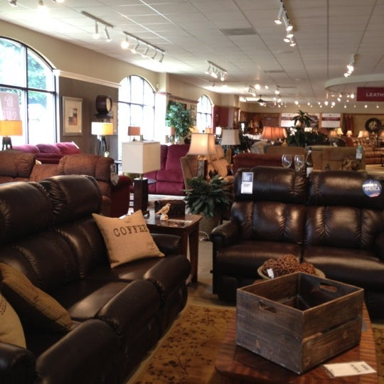Photos At La Z Boy Furniture Galleries Furniture Home Store