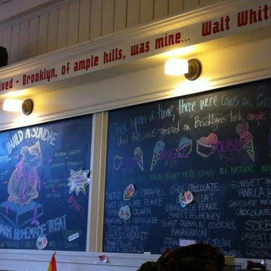 7/2/2012にgraceface k.がAmple Hills Creameryで撮った写真