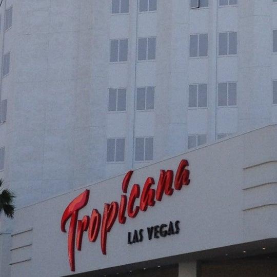 Снимок сделан в Tropicana Las Vegas пользователем Gabriel V. 5/14/2012