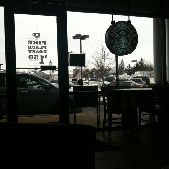 Foto scattata a Starbucks da Peter P. il 1/29/2011