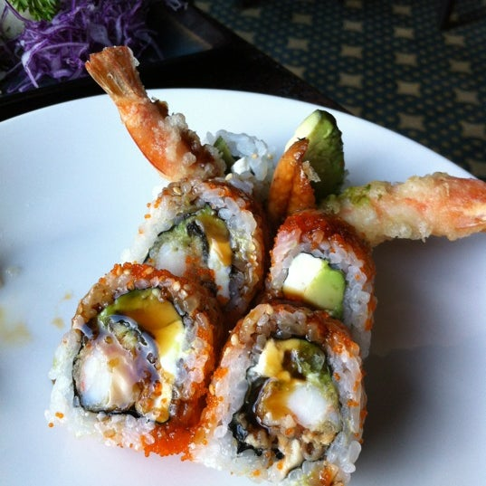 It's not in their menu but try their creamy nirvana roll. Yummy!