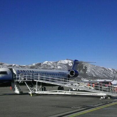 Photo prise au Aspen/Pitkin County Airport (ASE) par Jenny D. le1/28/2012