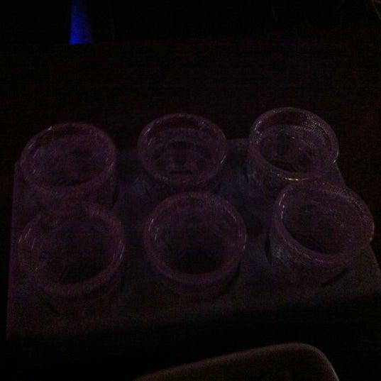Foto tomada en Le Ghost Pub : Music Bar por Mark el 8/6/2012