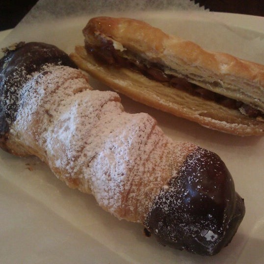Foto scattata a Argentina Bakery da Barron F. il 6/23/2012