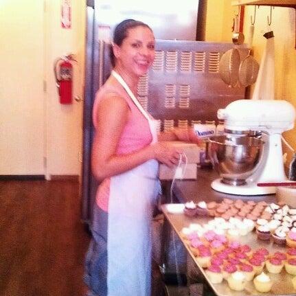 รูปภาพถ่ายที่ Prohibition Bakery โดย Ari S. เมื่อ 8/29/2012