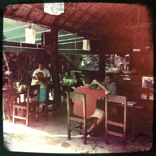 Foto tirada no(a) Popol Vuh Restaurante por Alex L. em 7/17/2011