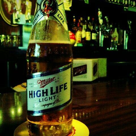 1/29/2012にCullen P.がHigh Life Loungeで撮った写真