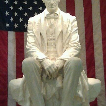 Foto tomada en National Cowboy & Western Heritage Museum por Gina D. el 10/29/2011