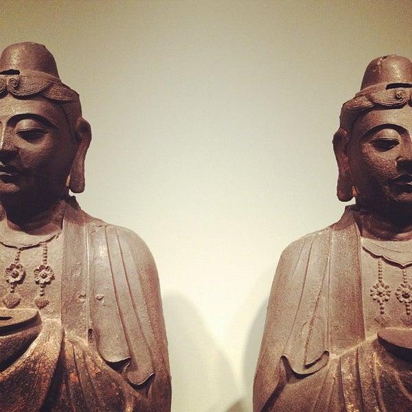 11/13/2011 tarihinde Jared Z.ziyaretçi tarafından Asian Art Museum'de çekilen fotoğraf