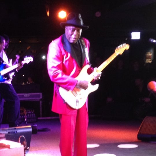 Foto tirada no(a) Buddy Guy's Legends por Tom M. em 1/9/2012