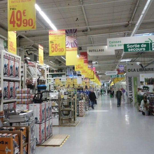 Photos At Leroy Merlin Hardware Store