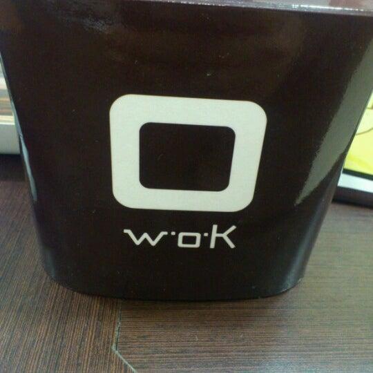 รูปภาพถ่ายที่ WOK Chile โดย Carlos P. เมื่อ 8/13/2012