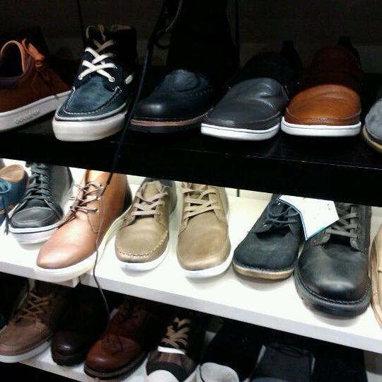 chinook centre shoe stores