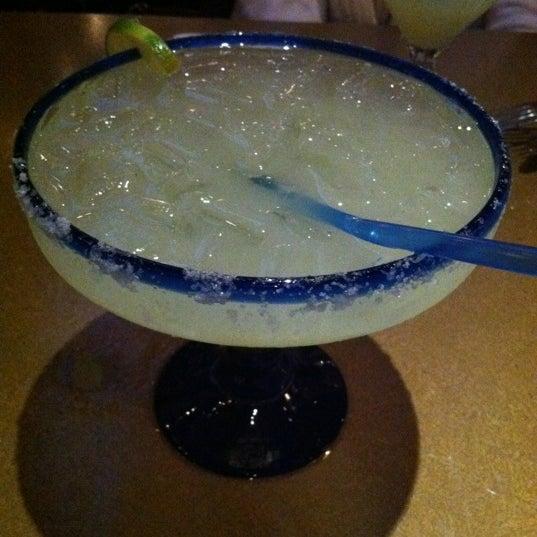 รูปภาพถ่ายที่ Cafe Coyote โดย Sandra เมื่อ 12/9/2011