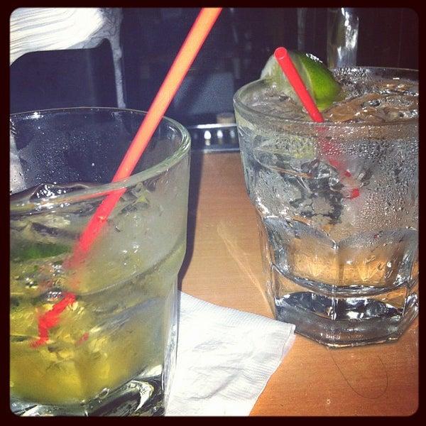 Foto diambil di Beauty Bar oleh Tassos L. pada 3/15/2012