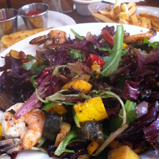 Grilled veggie salad is the best!