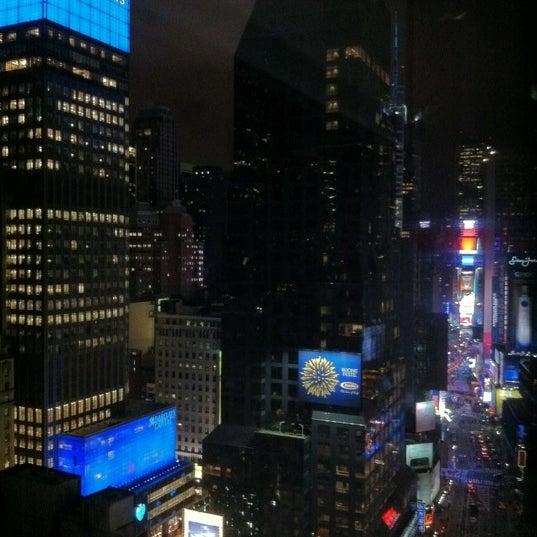 Prenez une chambre avec vue coté broadway pour avoir la vue sur times square