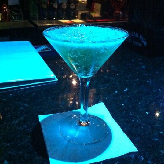 Foto tomada en Raven Lounge por Jasmin S. el 7/6/2011