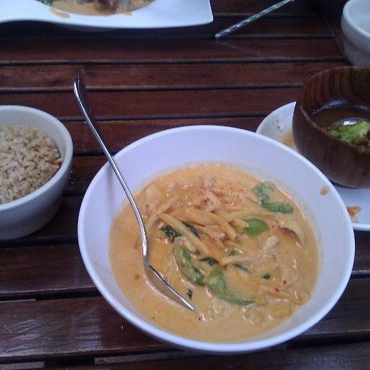 Foto scattata a More Thai da greg !. il 9/14/2011