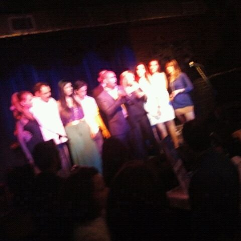 Foto tomada en The Stage por Jc A. el 3/31/2012