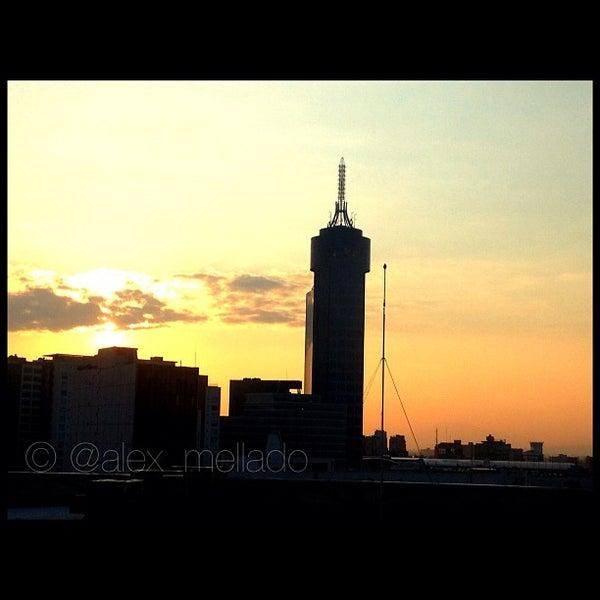 Снимок сделан в Metrópoli Patriotismo пользователем Alejandro M. 3/11/2012