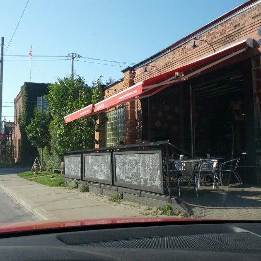 9/12/2012 tarihinde Richard F.ziyaretçi tarafından SCHOOL Restaurant'de çekilen fotoğraf
