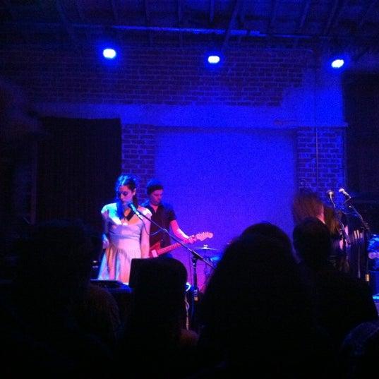 7/15/2012にVera V.がBootleg Bar & Theaterで撮った写真