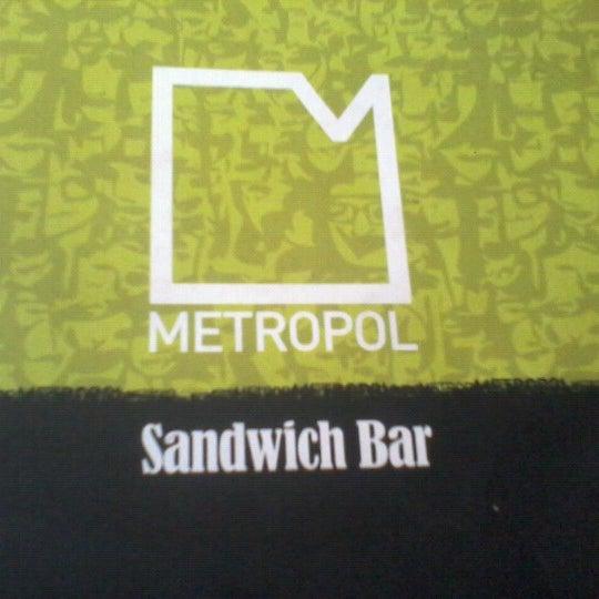 Das Foto wurde bei Metropol von Elvis G. am 7/18/2012 aufgenommen