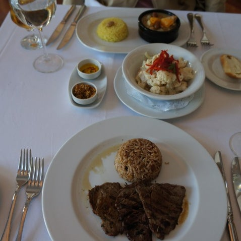 Foto diambil di Asitane Restaurant oleh LEF pada 5/1/2012