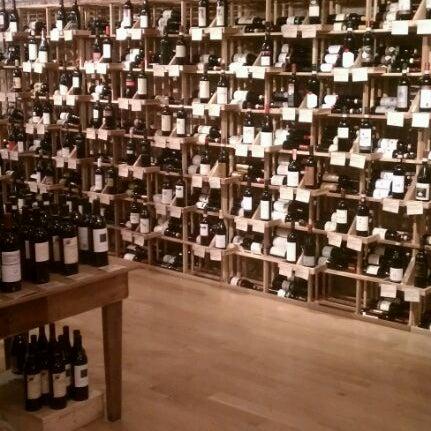 Foto scattata a Cork Wine Bar and Market da Beaumont K. il 4/5/2012