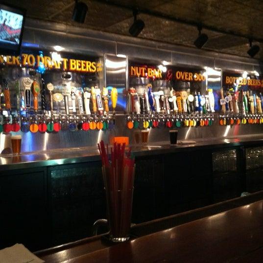 4/5/2012에 Obi O.님이 Williams Uptown Pub & Peanut Bar에서 찍은 사진