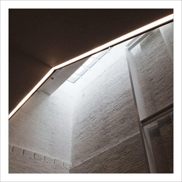 Foto scattata a White Rabbit Gallery da Lin S. il 4/8/2012
