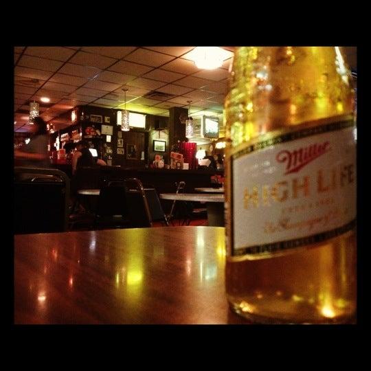 8/14/2012にKevin B.がHigh Life Loungeで撮った写真