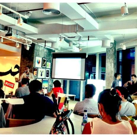 รูปภาพถ่ายที่ MAKE Business Hub โดย Faris K. เมื่อ 7/2/2012
