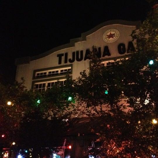 5/12/2012に@JLyricSmith M.がTijuana Garageで撮った写真